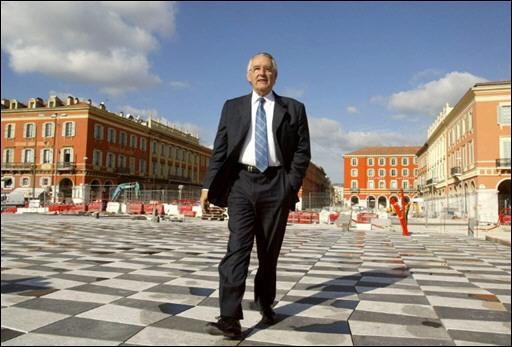 NICE : la Place Masséna rendue aux piétons ! Jacque11