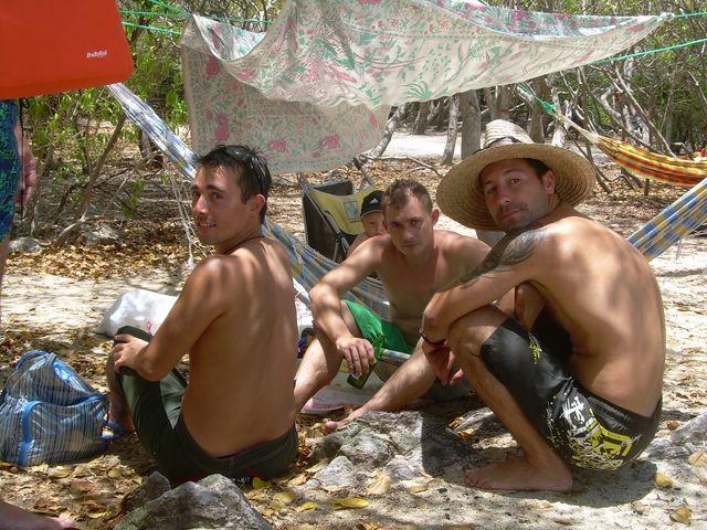 Hamac Party sur l'îlet Chevalier le 06 Mai 2007 !!! Dscn0515