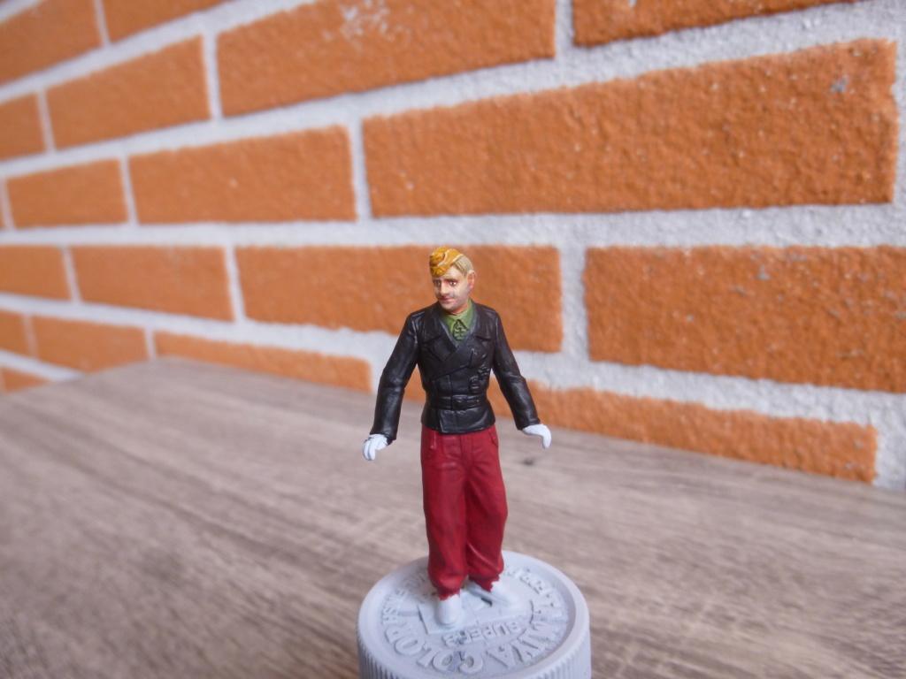 Peinture sur figurines P1030654