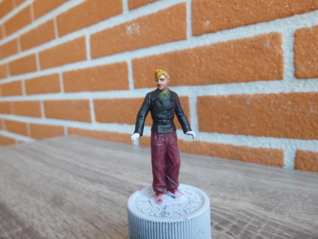 Peinture sur figurines P1030659