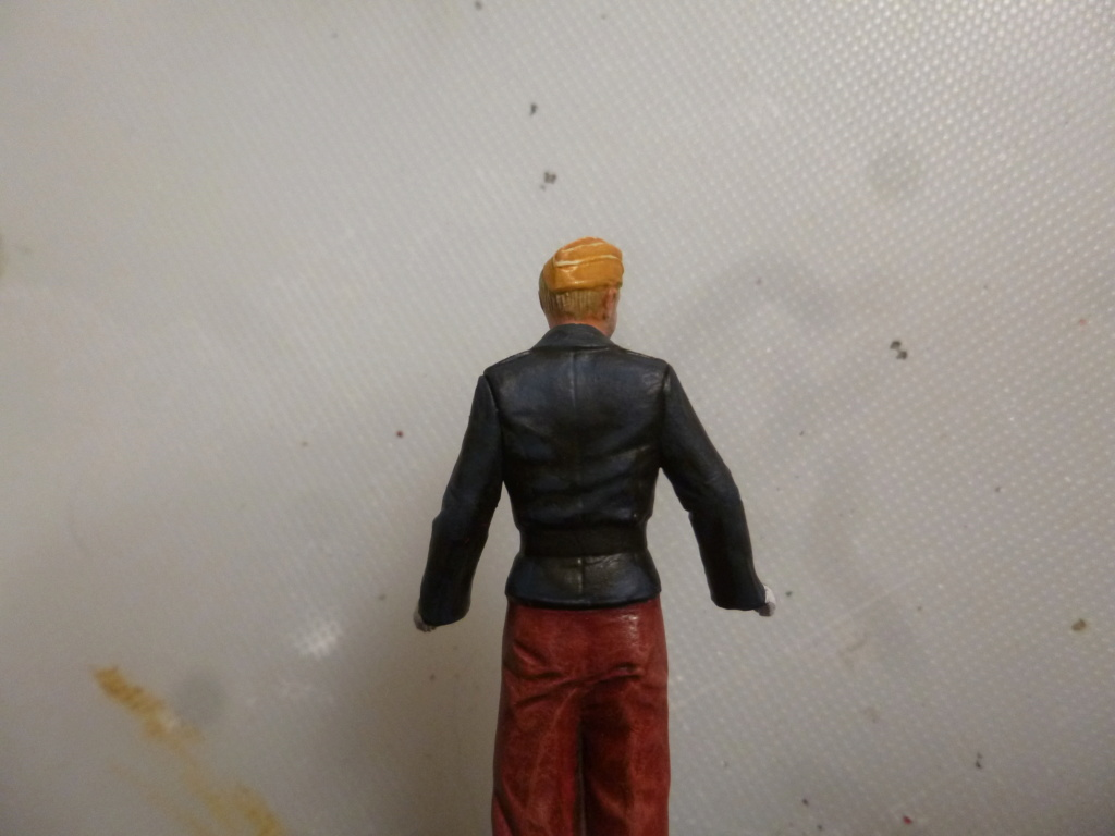 Peinture sur figurines P1030661
