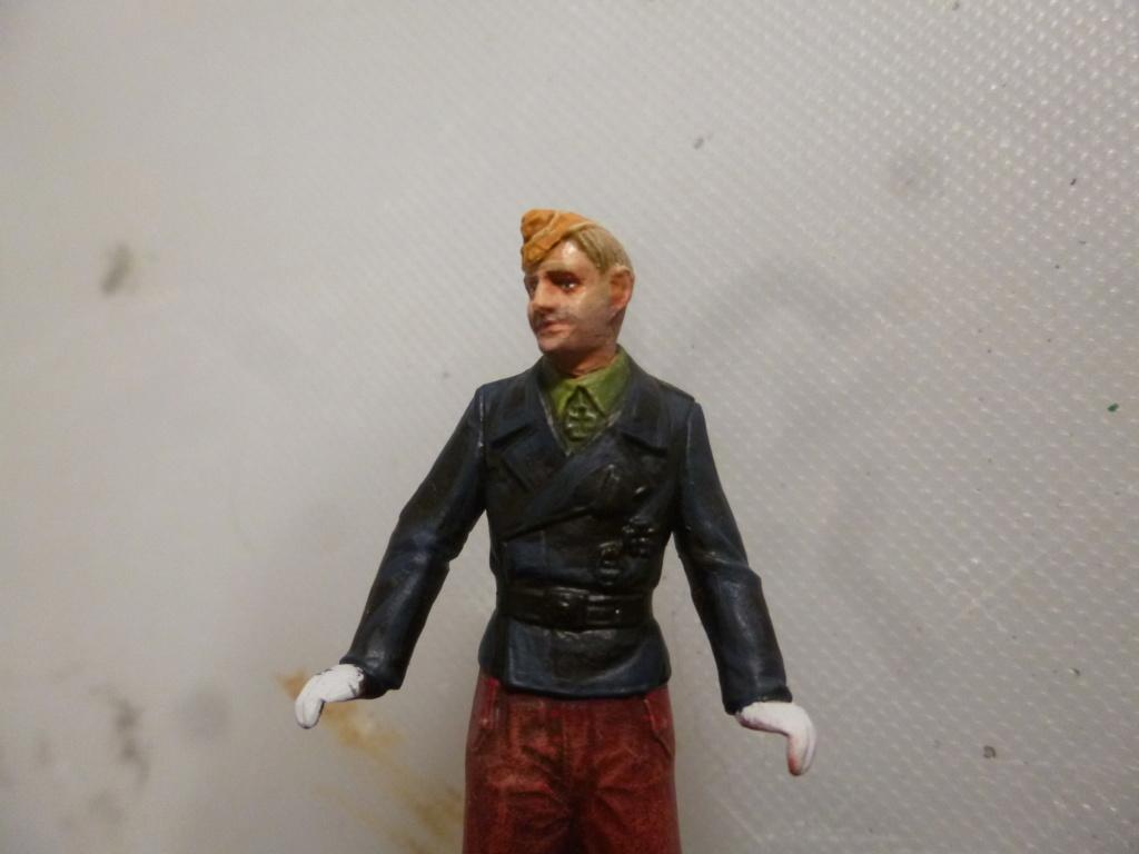 Peinture sur figurines P1030662