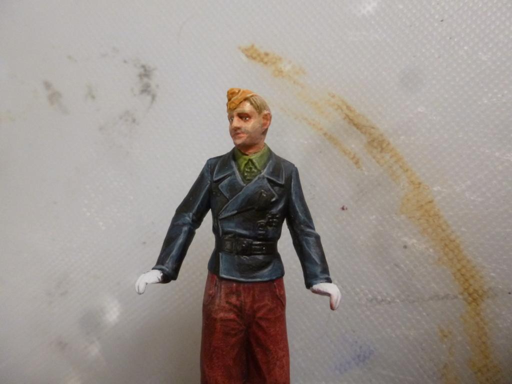 Peinture sur figurines P1030665