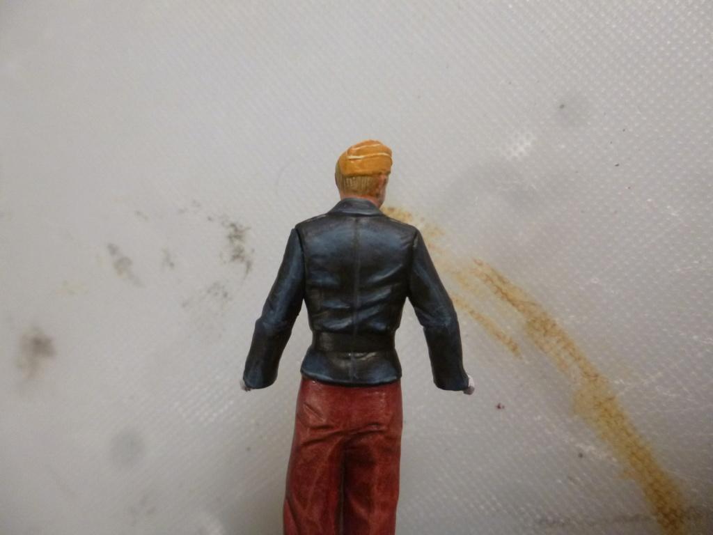 Peinture sur figurines P1030666