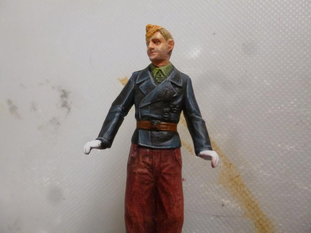 Peinture sur figurines P1030667