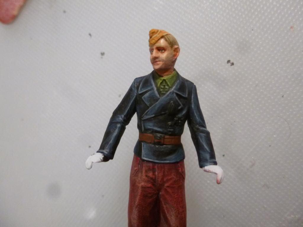 Peinture sur figurines P1030670