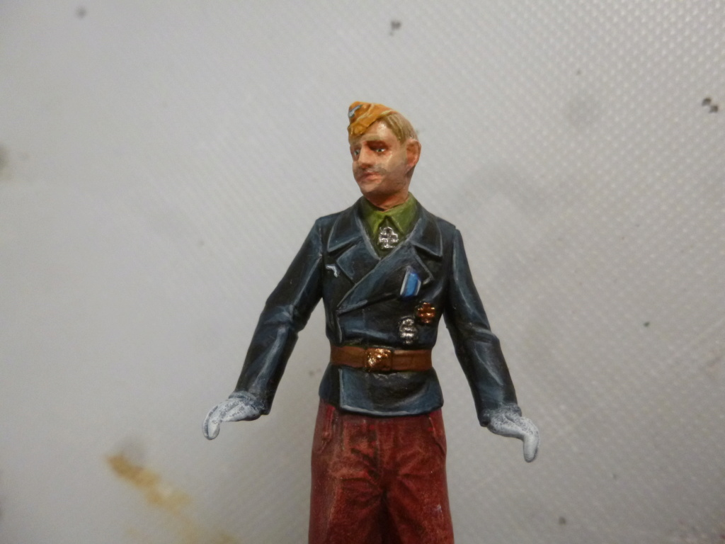 Peinture sur figurines P1030714