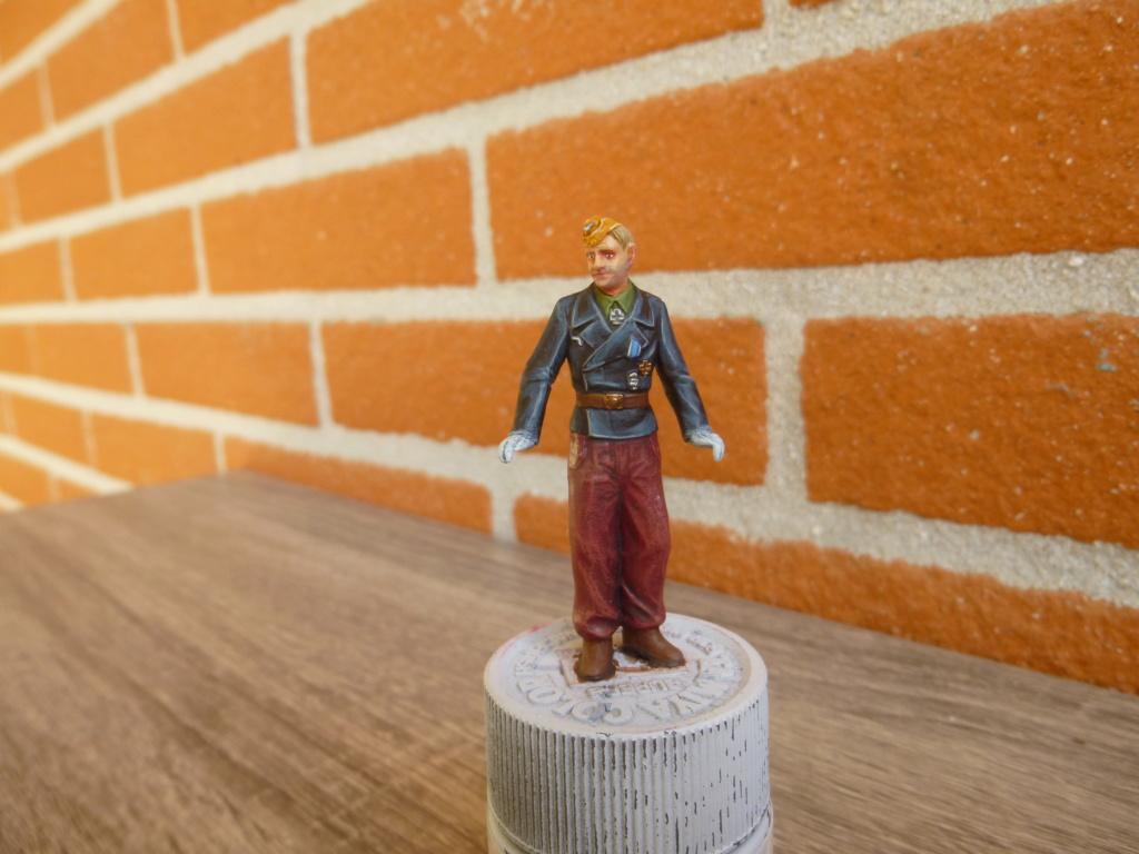 Peinture sur figurines P1030718