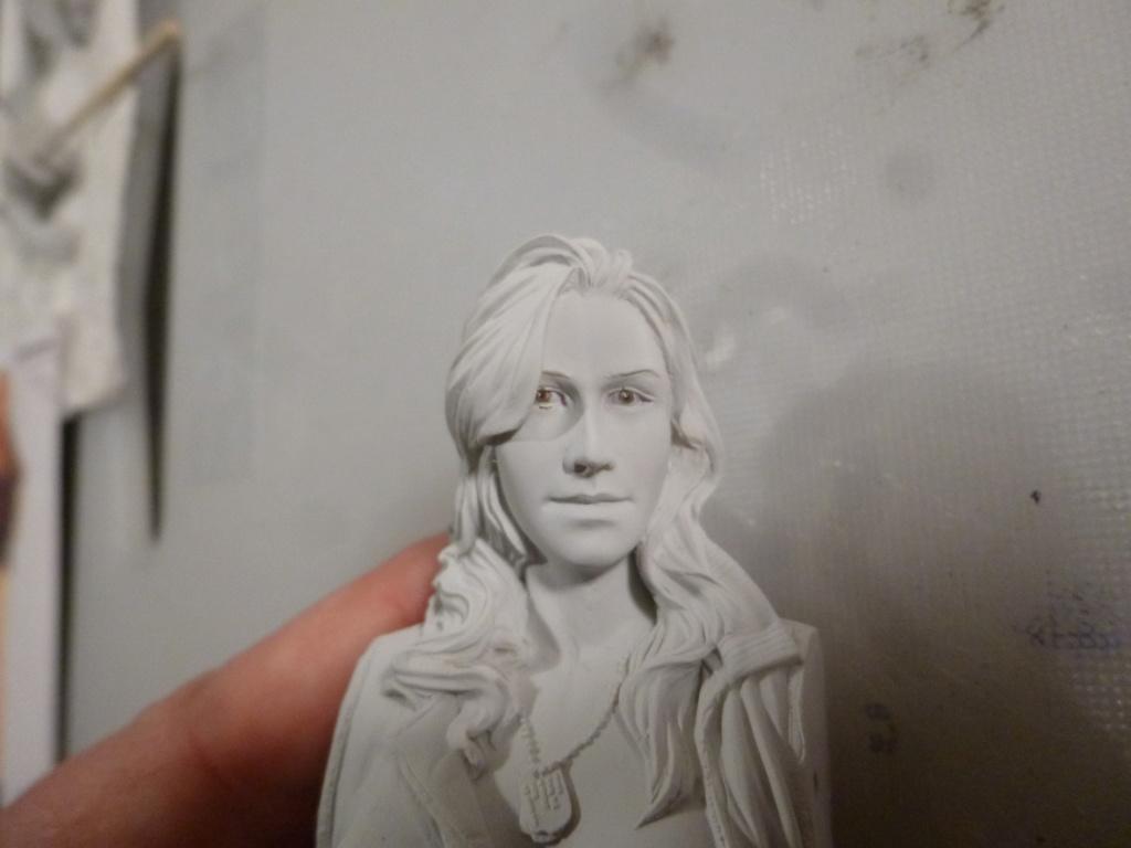 Peinture sur figurines - Page 2 P1030752