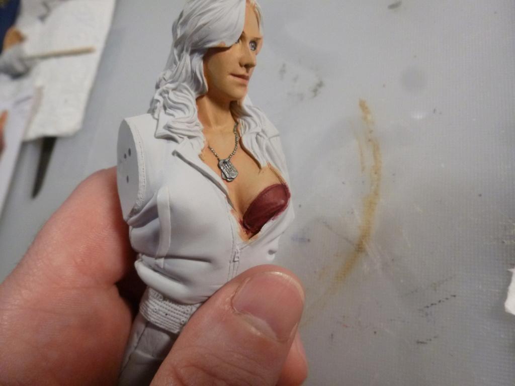 Peinture sur figurines - Page 2 P1030779