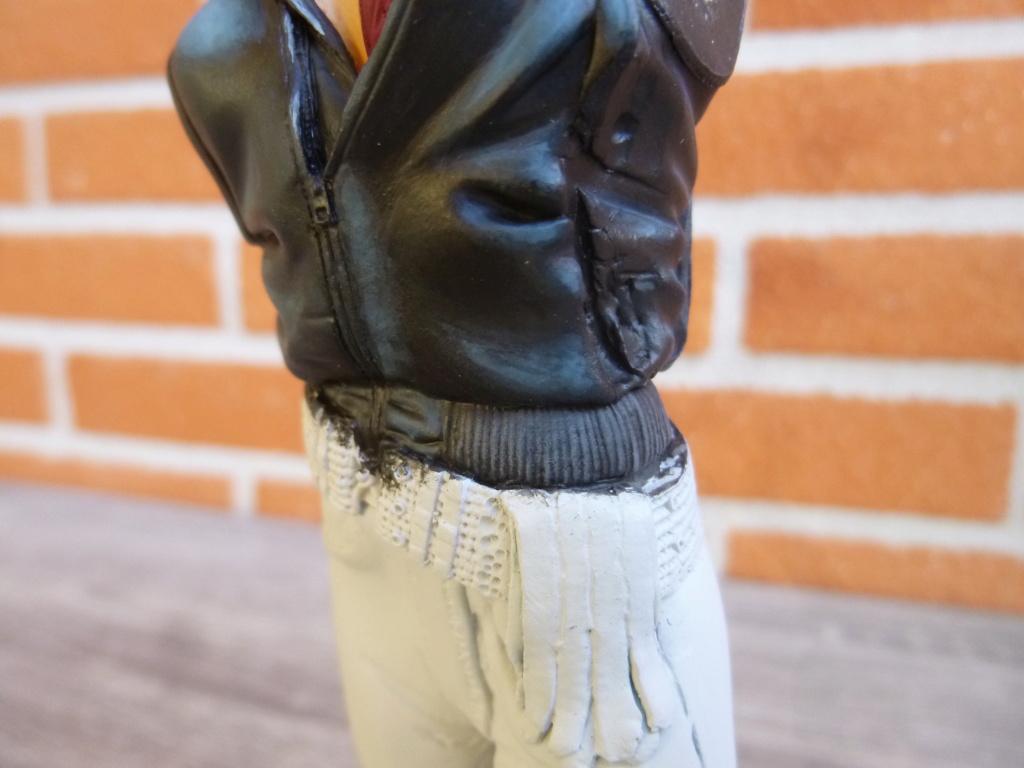 Peinture sur figurines - Page 2 P1030819