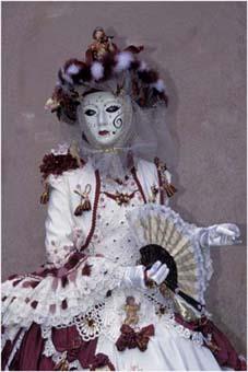 Carnaval de venise - Page 2 Vivian10