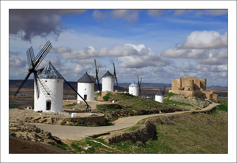 Moulins de Don Quichotte à Consuegra - Espagne Consue10