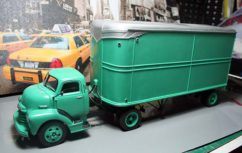 """CHEVY 1948 COE """"tracteur"""" :  Terminé !!!!   (13 / 01 / 13) - Page 5 08b10"""