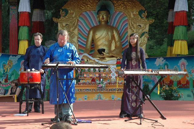 Fête du bouddhisme en Belgique septembre 2007 Dsc_0210