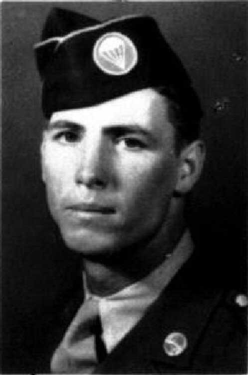 """Lieutenant Richard """"Dick"""" """"Ace"""" Durkee, du 508th au 508th 95198610"""