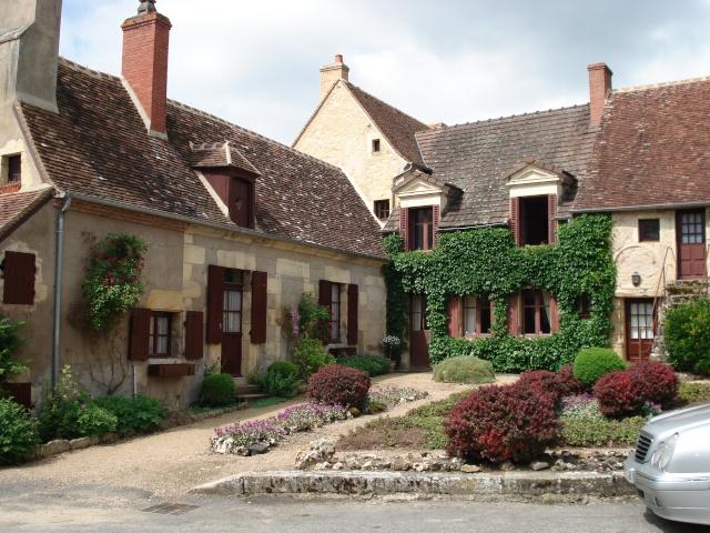 Apremont sur Allier , fête des plantes Apremo39