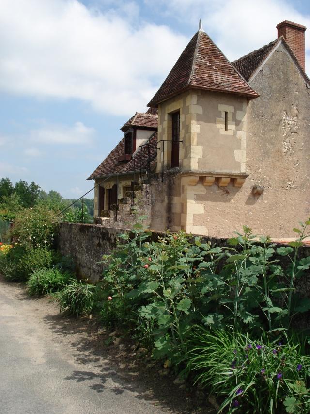 Apremont sur Allier , fête des plantes Apremo41