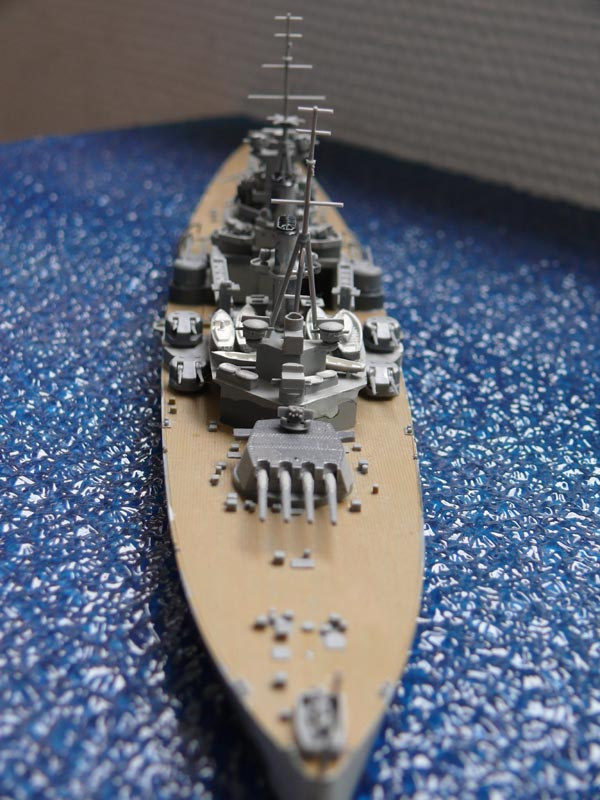 HMS PRINCE of WALES par Yuth 1/700 - Tamiya P1010116
