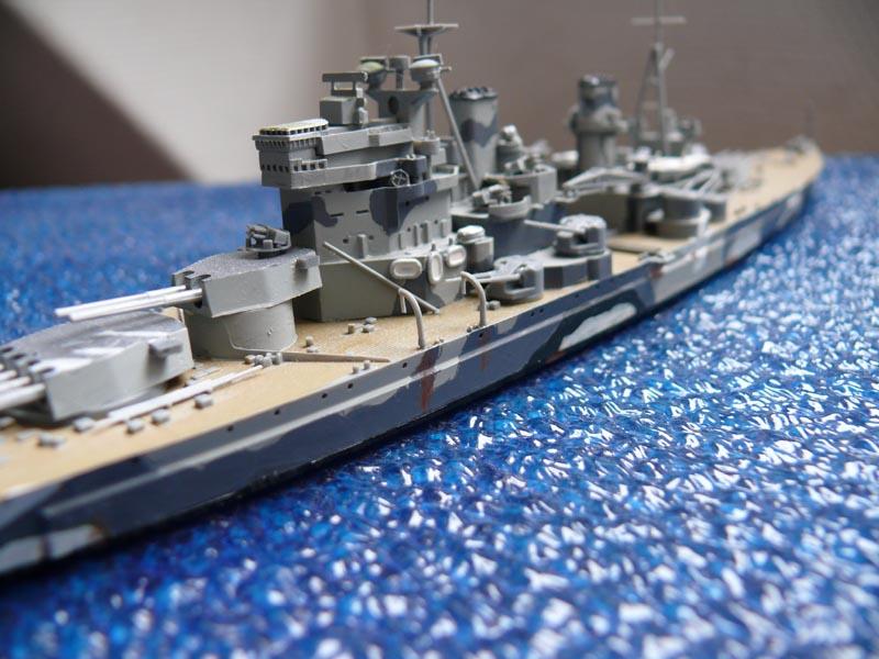 HMS PRINCE of WALES par Yuth 1/700 - Tamiya P1010118
