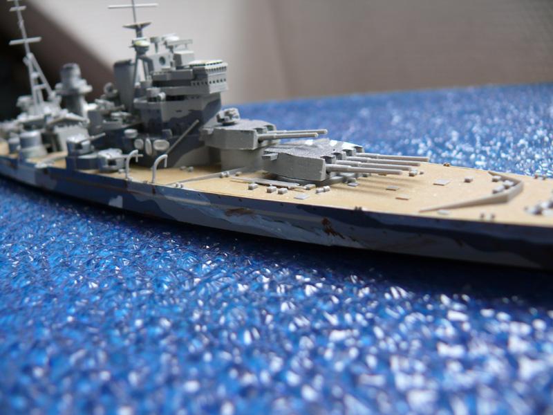 HMS PRINCE of WALES par Yuth 1/700 - Tamiya P1010119
