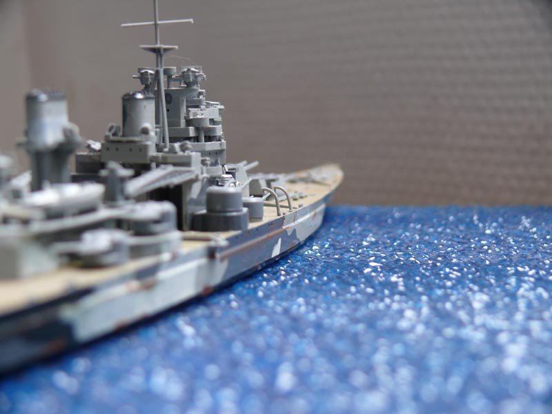 HMS PRINCE of WALES par Yuth 1/700 - Tamiya P1010122