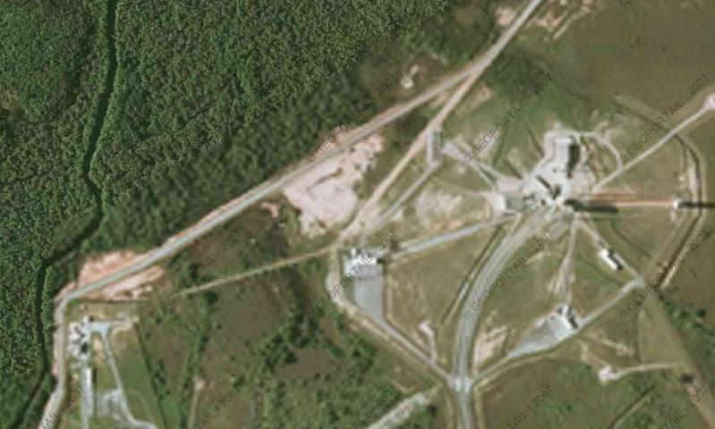 Vue satellite des centres de lancement Csgmas10