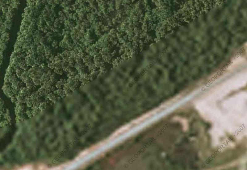 Vue satellite des centres de lancement Csgmas11
