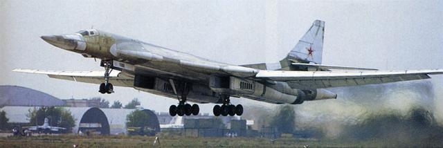"""Tupolev Tu-160 """"Blackjack"""" [1:144 - ZVEZDA] Decola10"""