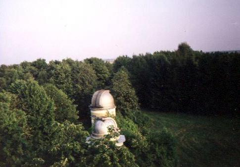 Observatoires astronomiques vus avec Google Earth - Page 3 Pulkov13
