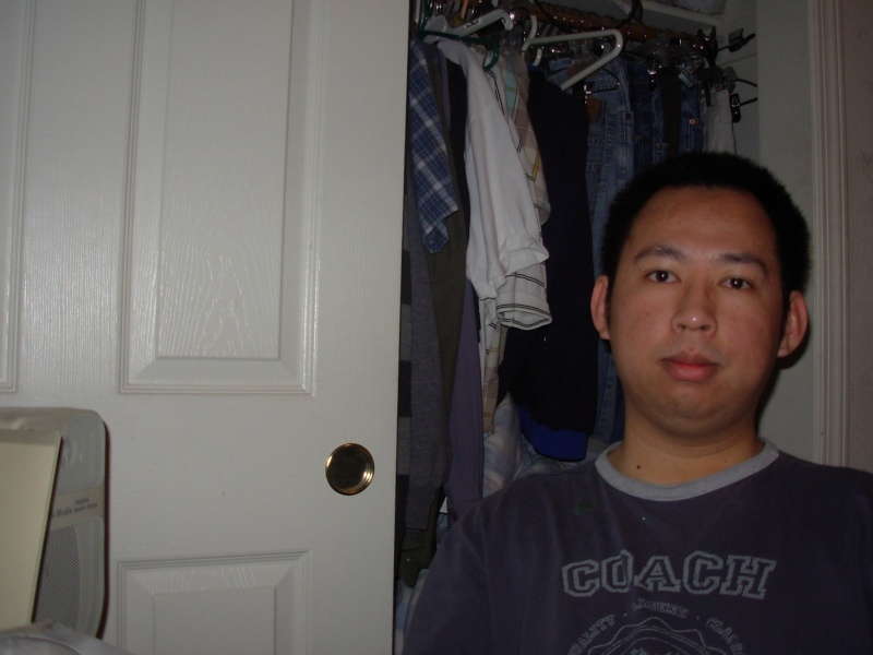 Here is Pic of Ton B4 He got into Kal Dscn2210