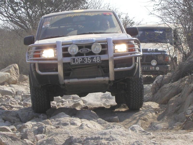 Toyota Land Cruiser GX 4.2 HZJ105L + Ford Ranger 2.9 Chimo510