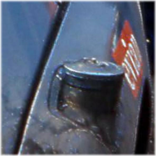 aide pour identification bouchon de reservoir Boucho10