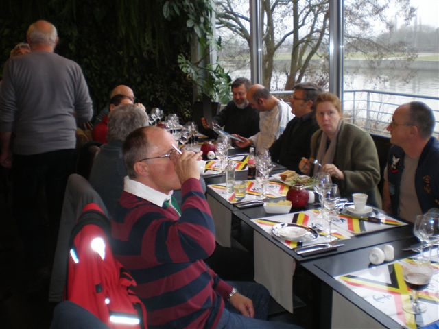 Réunion à Ben Ahin (Liège) le 25/01/10 - Page 2 P1250015