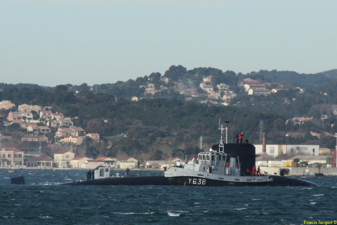 [LES PORTS MILITAIRES DE MÉTROPOLE] Mouvements de Bâtiments dans la rade de Toulon - Page 3 1011