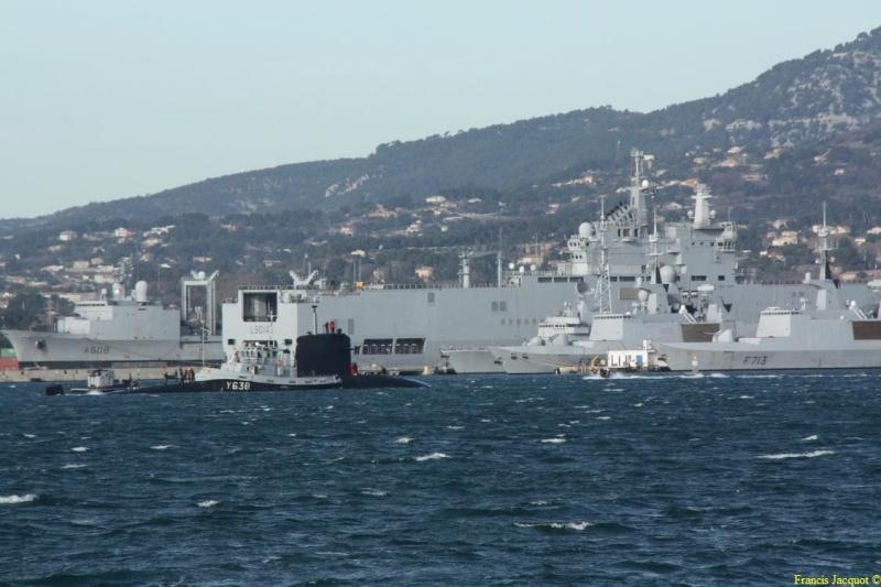 [LES PORTS MILITAIRES DE MÉTROPOLE] Mouvements de Bâtiments dans la rade de Toulon - Page 3 1111
