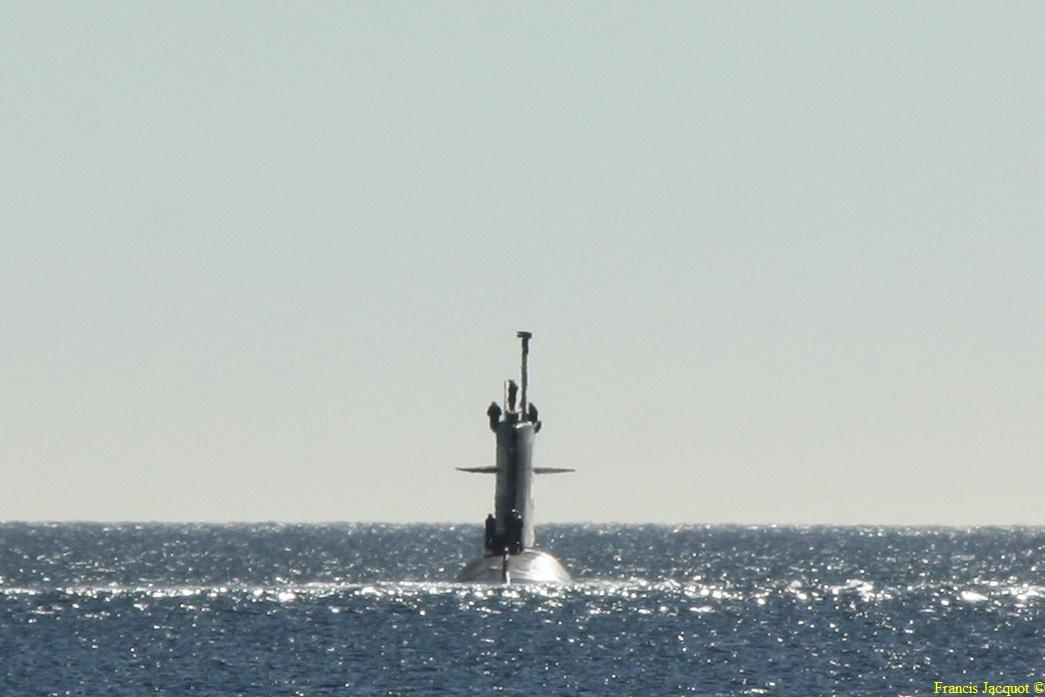 [LES PORTS MILITAIRES DE MÉTROPOLE] Mouvements de Bâtiments dans la rade de Toulon - Page 3 414
