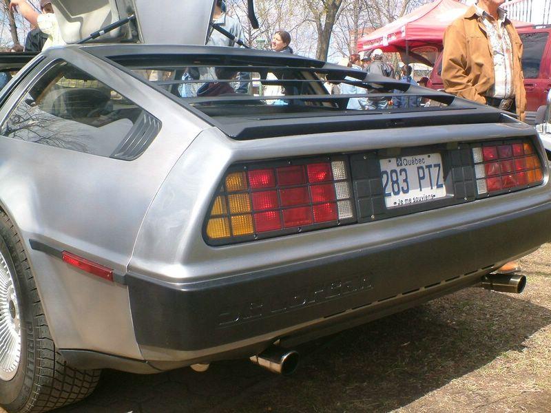 Le retour des DeLorean ? Dscf2110