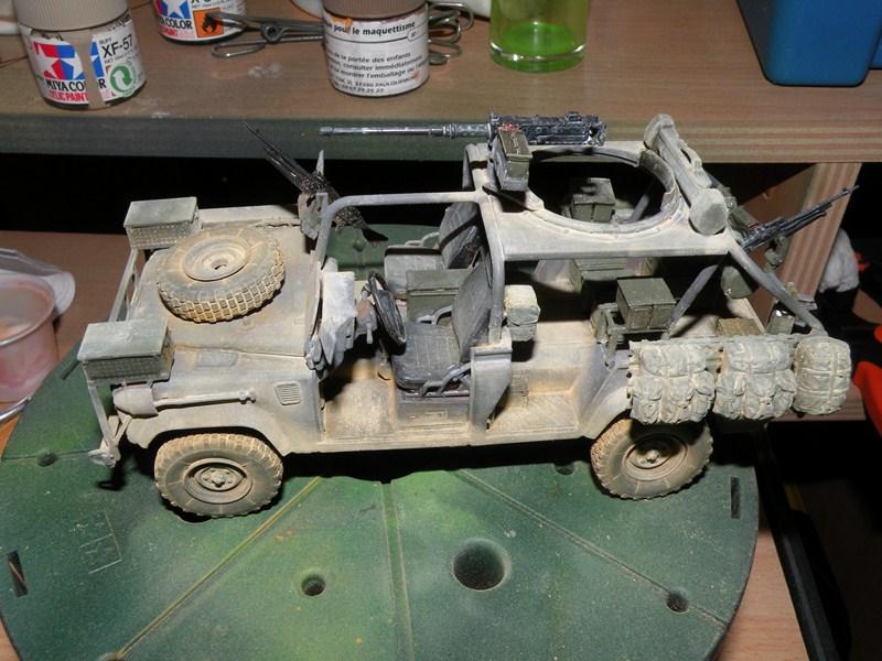land rover RSOV hobby boss 1/35e ( Fafa )  Dscn9710