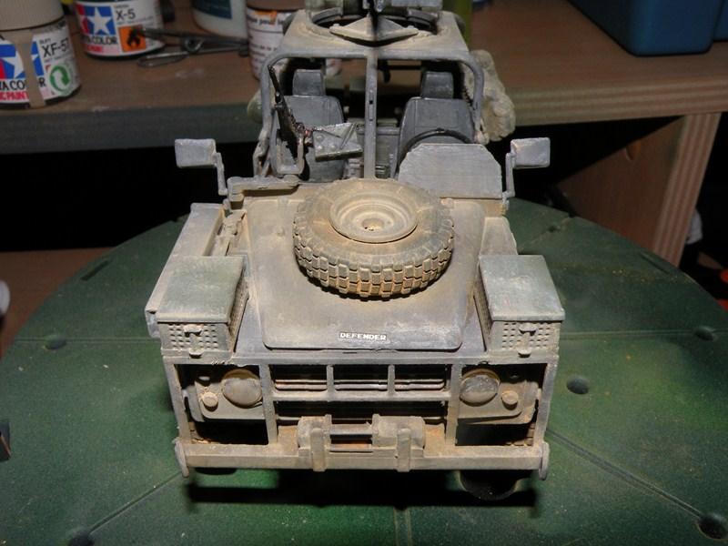 land rover RSOV hobby boss 1/35e ( Fafa )  Dscn9711