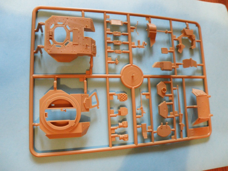 review kit VBCI Heller 1/35e Pc130012