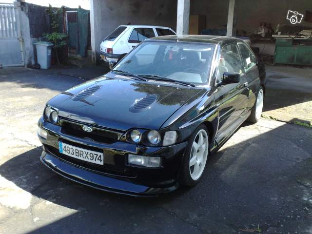 Et l'Escort Cosworth 76492610