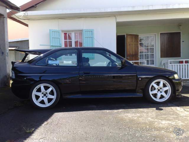 Et l'Escort Cosworth 76862110