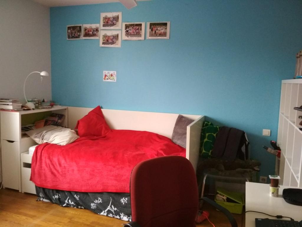 Chambre pré-ado rouge et grise Img_2011