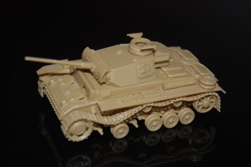 peinture - panzer III ausf L 1/72 retour aux racines Dsc_0021