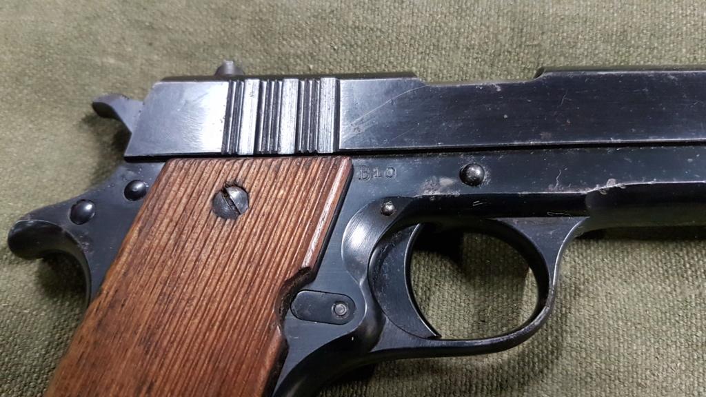 Colt 45 argentin 20210512