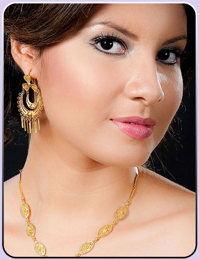 Miss Nicaragua 2010 - Scharlette Allen Moses won!!! Claudi10