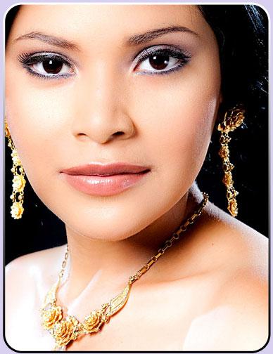 Miss Nicaragua 2010 - Scharlette Allen Moses won!!! Meylin10