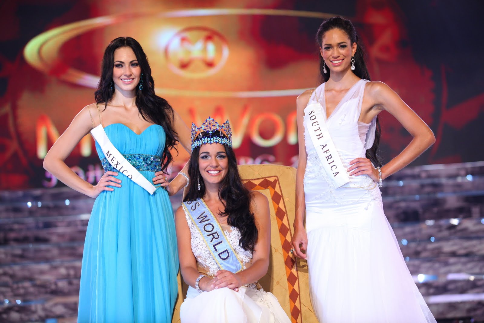 Kaiane Aldorino - Miss World 2009- Official Thread (Gibraltar) - Page 5 Mwcrow11