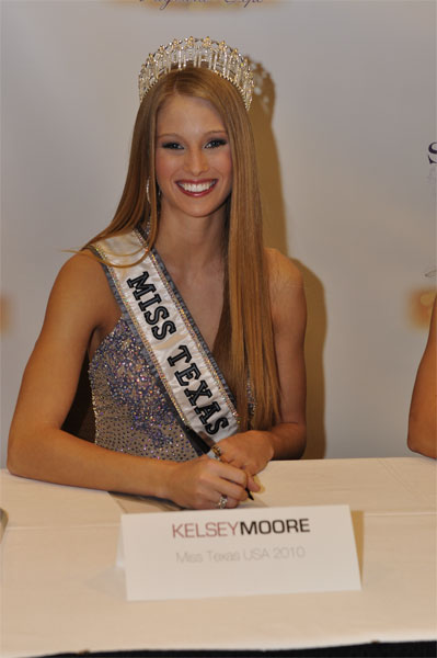 Miss Texas USA 2010 - Kelsey Moore - Page 2 Txpage10